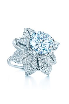 Ring of pavé diamonds and a center diamond of 5.25 carats, in platinum. From The Great Gatsby collection by Tiffany & Co. Price upon request.