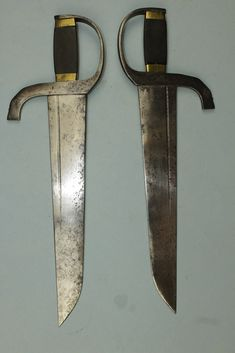 Buyers and sellers of antique swords, weapons and related artifacts. Fine and rare authentic antique swords, daggers & edged weapons from all corners of the world. Butterfly Swords, Chinese Butterfly, Chinese Weapons, Martial Arts Weapons, China, Wing Chun, Knives And Swords, Ocean City, Bruce Lee
