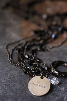 the GazettE LIVE TOUR09 -DIM SCENE- bracelet