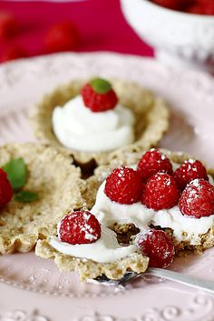 Wholemeal tartlets with raspberries