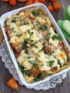 Karkówka pieczona z ziemniakami i pieczarkami Good Food, Yummy Food, Pork Dishes, Healthy Dishes, Food Design, My Favorite Food, Food To Make, Food And Drink, Pizza