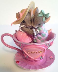 Charming Tails LOVE Breast Cancer Awareness Mice in Pink Tea Cup Figure 2008 in Collectibles   eBay