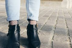 Instagrammed @clothesndreams Read all about my latest look on my blog!  #showyourlegs #veritaseu