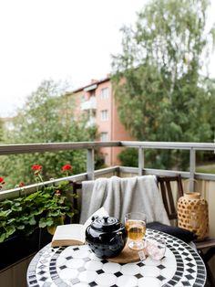 VÄLBEVARAD FUNKIS I ÅRSTA - KLASSISK TVÅA