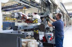 News-Tipp: Weltmarktführer - Wie sich Maschinenbauer Engel gegen Krisen wappnet - http://ift.tt/2iZueEP #nachrichten