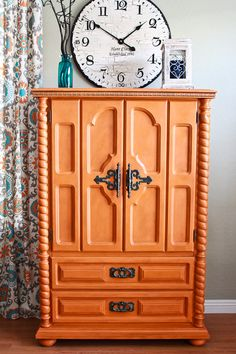 Wardrobe Cabinet painted with Chalk Paint® by Annie Sloan in Barcelona Orange and Dark Chalk Paint® Wax Orange Painted Furniture, Chalk Paint Furniture, Distressed Furniture, Shabby Chic Furniture, Furniture Decor, Furniture Projects, Diy Projects, Armoire, Black Shabby Chic