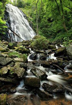 Crabtree falls north Carolina USA