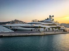 Lionheart - 90m - 295ft 3in - Benetti - 2016 - Spotted in Ibiza