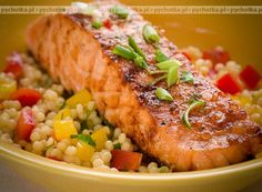 Salmon and Couscous Salad Fish Recipes, Meat Recipes, Real Food Recipes, Cooking Recipes, Healthy Recipes, Drink Recipes, Healthy Food, Couscous Salad, Salads
