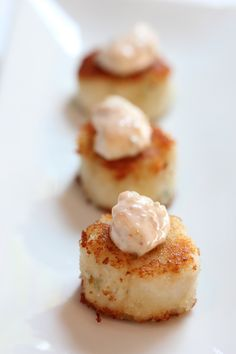 Panko Seared Scallops with Lemon Remoulade by Emma Roberts