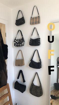 Look Fashion, Fashion Bags, Fashion Outfits, Womens Fashion, Aesthetic Bags, Aesthetic Clothes, Mode Vintage, Vintage Bags, Vetement Fashion