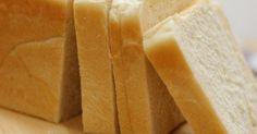 毎日食べる食パン用に、シンプルでふっくら柔らかいパンの配合です。 おりひめ家では何度焼いたかわからないくらいの完全レシピです✿  2008/1/12  1・5斤用にレシピを足しました♪