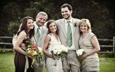 Photography poses family wedding Ideas for 2019 Wedding Photography Tips, Photography Poses, Family Photography, Wedding Bride, Wedding Ceremony, Wedding Day, Trendy Wedding, Wedding Dresses, Garden Wedding
