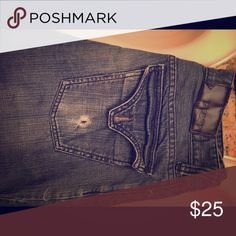 Guess jeans size 30 Women's jeans size 30 Guess Jeans Straight Leg