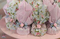 más y más manualidades: Crea hermosos obsequios o souvenirs usando tela