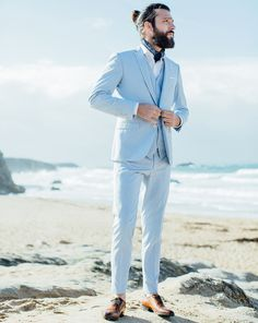 Wedding suits Superb looks for an elegant and sexy groom on D-Day! Linen Suits For Men, Best Suits For Men, Cool Suits, Mens Suits, Blue Suit Wedding, Wedding Men, Wedding Suits, Menswear Wedding, Wedding Groom