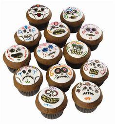 Wilton® Day of the Dead Cupcakes #DiadelosMuertos #MichaelsStores
