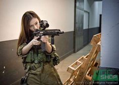 Need!! Airsoft Sniper, Airsoft Guns, Dynamic Action, Dynamic Poses, Gunslinger Girl, Professional Photo Shoot, Abandoned Hospital, Female Soldier, Action Poses