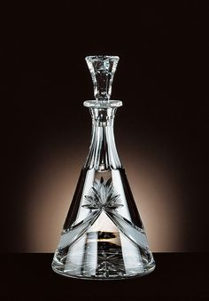 Alcohol Bottles, Liquor Bottles, Perfume Bottles, Crystal Decanter, Crystal Glassware, Carafe, Cut Glass, Glass Art, Strong Drinks
