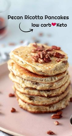 Fluffy Keto Pancakes With Ricotta & Pecans - On a low carb diet and miss having a pancake breakfast? These Keto Pancakes With Ricotta is a great way. Keto Foods, Keto Approved Foods, Keto Snacks, Keto Desserts, Keto Diet Breakfast, Breakfast Recipes, Breakfast Ideas, Breakfast Gravy, Breakfast Frittata