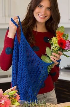 Free knitting pattern for Lacy Market Tote knit with one skein of yarn - Lacy Market Bag Kristin Omdahl designed this tote for Red Heart that helps save the environment and yarn! Uses about 307 yds/ 281 m
