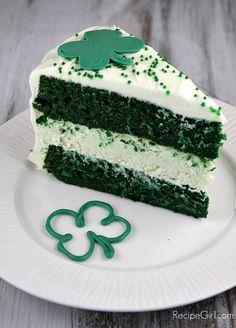 Green Velvet Cheesecake Cake.... Oooooh St. Paddy's Day Dessert!