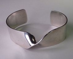 Fine Vintage Modernist Sterling Twist Bracelet, Pekka Piekainen Finland