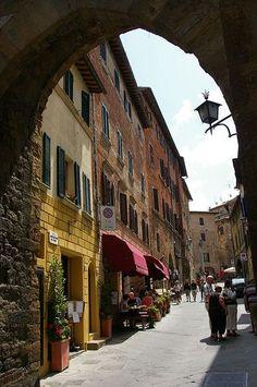street in Montepulciano, Tuscany                                                                                                                                                      Más