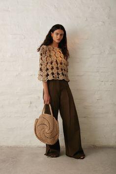 Crochet Designs, Crochet Patterns, Blusas Top, Textiles, Knitwear Fashion, Crochet Fashion, Crocheting, Macrame, Knit Crochet