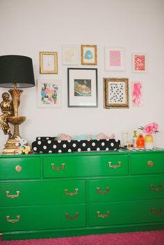 Maite's Eclectic & Colorful Nursery / Une chambre pour bébé très coloré! | Apartment Therapy