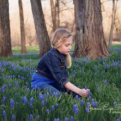 Family session in the bluebells. Loved every shot we got. #lovemyjob #bluebells #family #memories #newjerseyfamilyphotography #familyphotography  #familphotographer