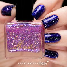 illimité Stolen Kiss is a sheer pink nail polish with silver holographic glitters and a strong blue shimmer. Kiss Nails, Toe Nails, Christmas Manicure, Pink Nail Polish, Blue Nail, Birthday Nails, Nail Decorations, Perfect Nails, Halloween Nails