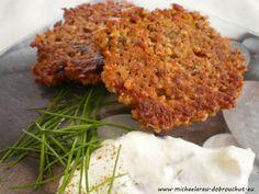 Dobrou chuť: Pohankové placičky Salmon Burgers, Lentils, Mashed Potatoes, Herbs, Favorite Recipes, Chicken, Ethnic Recipes, Food, Diet