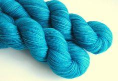 "75/25 Wool / Nylon Sock Yarn, ""Lagun"""