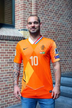 99fd0983652 Dutch football jersey customiser Floor Wesseling has created a stunning  mash-up shirt for Wesley Sneijder as the midfielder retires from  international duty ...