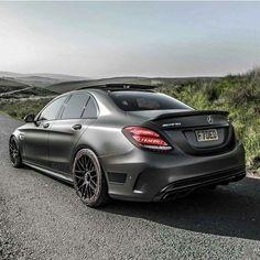 Mercedes Black, Classic Mercedes, Mercedes Benz C63 Amg, C 63 Amg, Mercedez Benz, New Ferrari, Lux Cars, Classy Cars, Best Luxury Cars