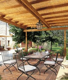 Double extension with a single front opening - Pergola Classique - Unopiù Terrace Building, Free Standing Pergola, Attached Pergola, Bamboo Shades, Garden Buildings, Garden In The Woods, Dark Walnut, Garden Accessories, Gazebo