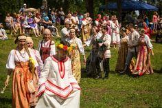 TERVENICHI RUSSIA JUL 7 Local people celebrated Ivan Kupala Day Jul 7 2013 Tervenichi Russia The cel Stock Photo