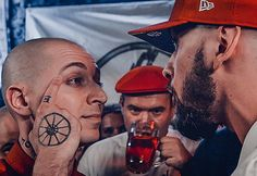 http://hiphopdx.com/news/id.39439/title.russian-rap-battle-between-oxxxymiron-st-does-record-breaking-numbers-on-youtube?utm_source=HipHopDX Daily Newsletter