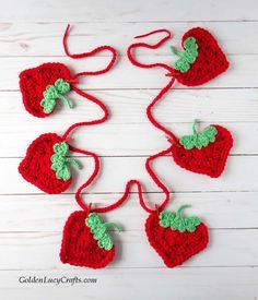 Crochet Strawberry Garland Crochet Garland, Crochet Decoration, Crochet Hooks, Crochet Baskets, Crochet Strawberry, Crochet Fruit, Strawberry Crafts, Strawberry Kitchen, Crochet Flowers