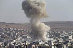 """In Kobane kämpft der """"Islamische Staat"""" gegen kurdische YPG-Kämpfer"""