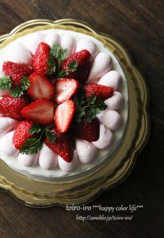 イチゴとドナルドのウェディングケーキ レシピブログ