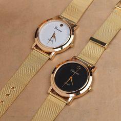 0567c7aa49b5d 2015 nova mulher de pulso preto e branco banda relógios moda feminina dress  watch relogio feminino mulheres marca de aço relógios em Fashion Watches de  ...