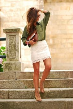 Cute look. Green dress shirt with lace skirt and paired with a brown envelope clutch.