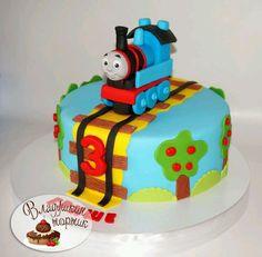 паровоз/Thomas the Train - Cake by Влада Thomas Birthday Cakes, Thomas Birthday Parties, Thomas Cakes, Thomas The Train Birthday Party, 2 Birthday Cake, Trains Birthday Party, Thomas The Train Cakes, Car Party, Train Party