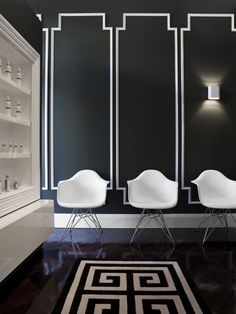 Black painted walls with white #paint moulding detail