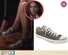 Spencer's grey chuck taylors on Pretty Little Liars. Outfit Details: http://wornontv.net/27046 #PLL #fashion