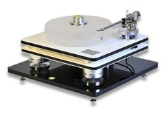 Tri-Star turntable, Julie