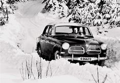 #Jumpback to #1958, con la #Volvo #P121 nella #neve invernale #memories #neverold #vintage #throwbacksaturday #awesome #cool #amazing #lines #street #style #urban #picoftheday #photooftheday #picture #travel #design #beautiful #model #stylish #car #cars #auto #fastcar #motor #motors #autotrend #carswithoutlimits #carsovereverything #thecarlovers #carporn #badass #amazingcars