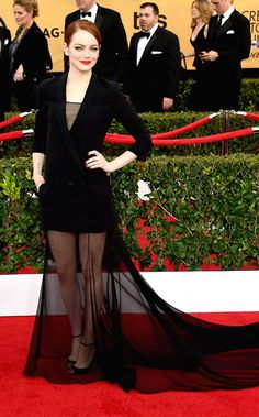 Emma Stone in Dior Haute Couture at the 2015 SAG Awards Dior Haute Couture, Couture 2015, Celebrity Red Carpet, Celebrity Style, Vestidos Valentino, Dior Gown, Look Star, Best Gowns, Julie Bowen